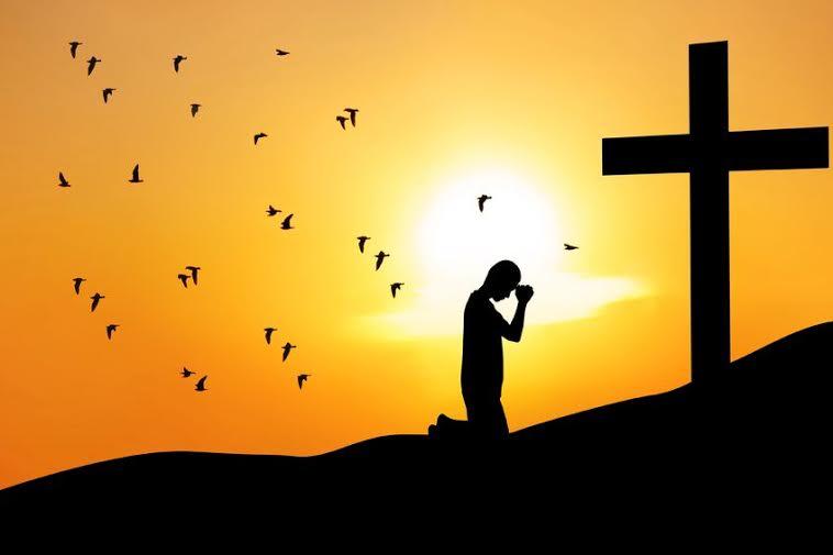 kneeling-at-cross